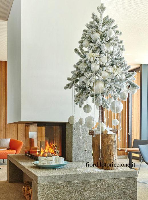Albero Di Natale Bianco.Albero Di Natale Monte Bianco 180h
