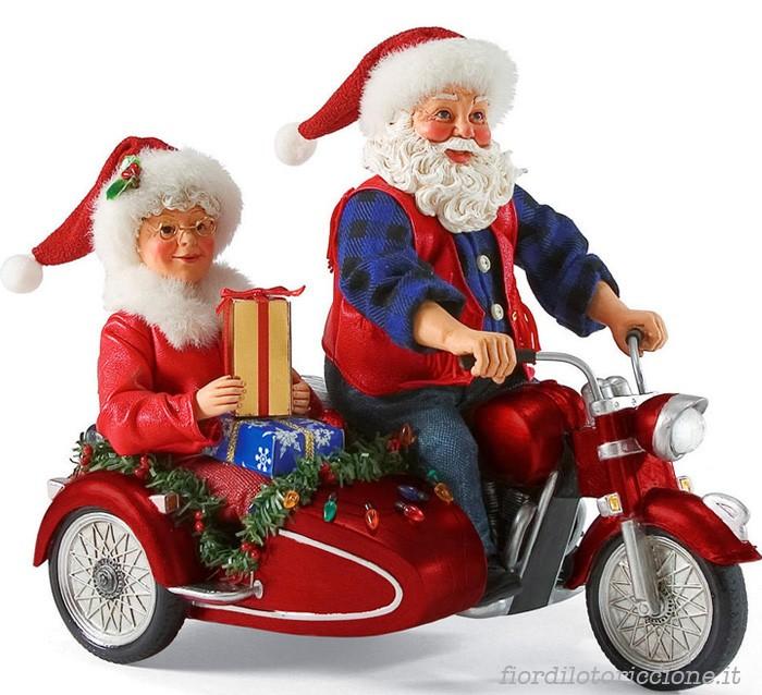 Babbi Natale.Babbo Natale In Sidecar Fior Di Loto Riccione