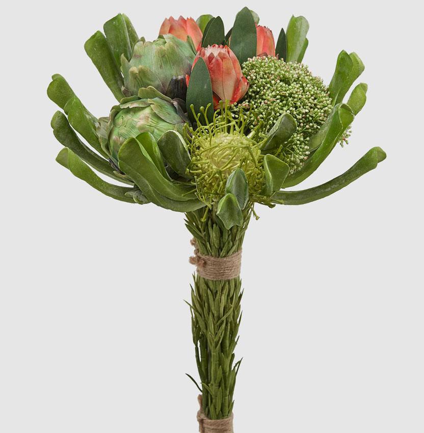 Mazzo Di Fiori E Verdure.Bouquet Di Fiori Tropicali Con Banksia Fior Di Loto Riccione
