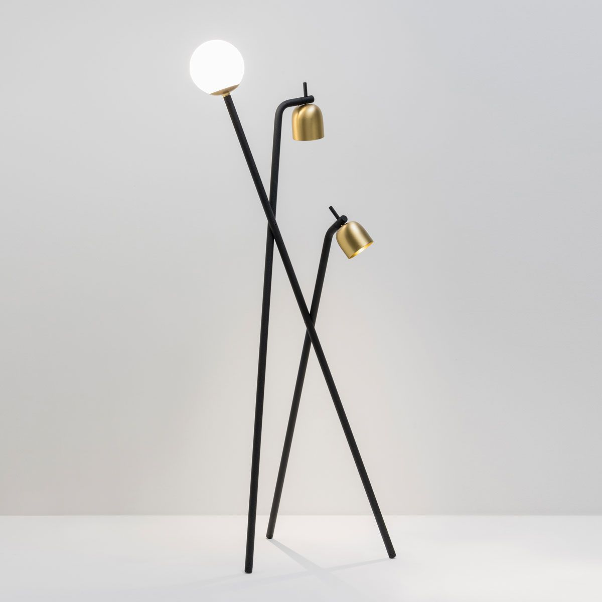 Tripod lampada da terra di Fontana Arte